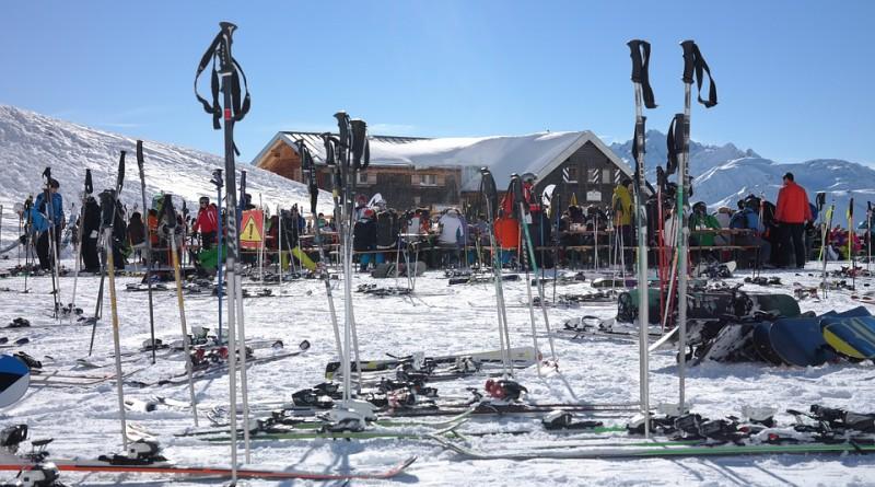 ski-area-999260_960_720